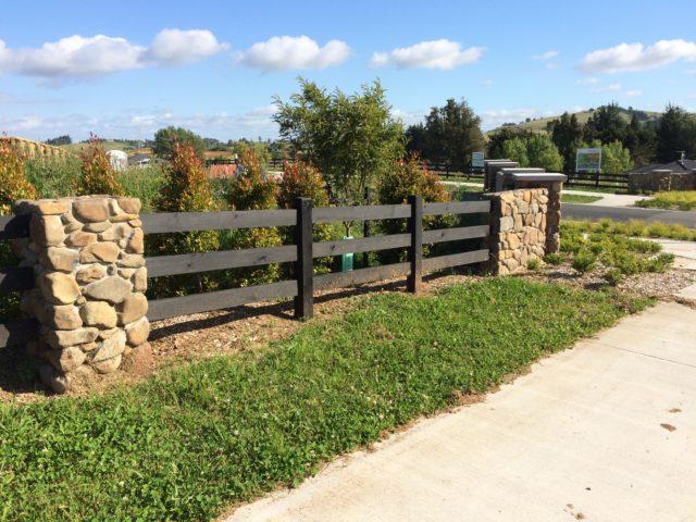Interlock post rail subdivision fence