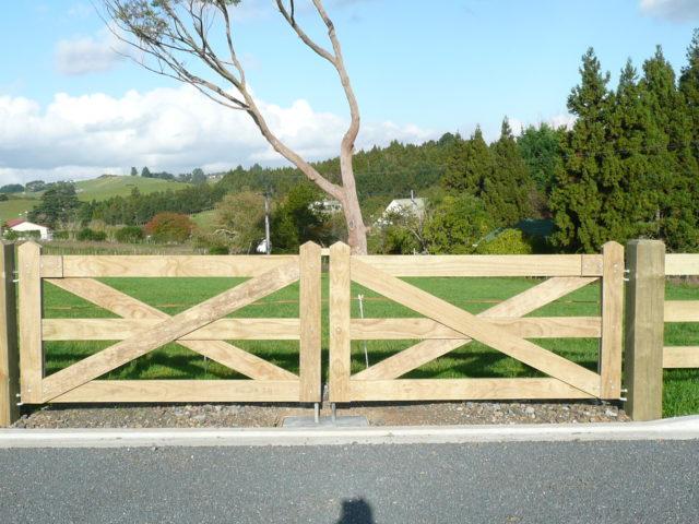 Subdivision fences entrance gates — beams timber nz